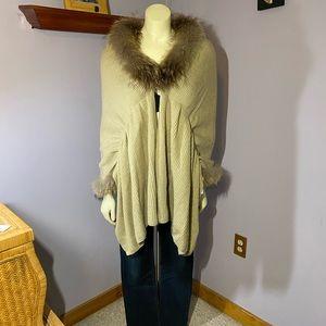 Dølce Cabø Fur Trimmed Shrug Style Sweater
